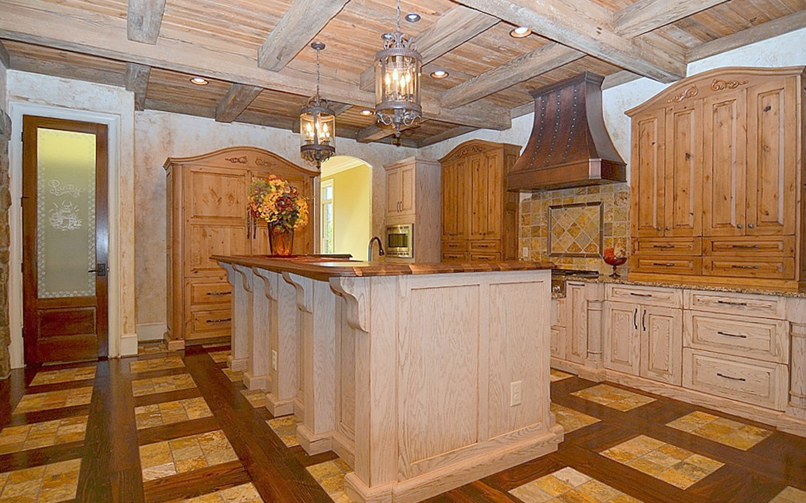 1112 Lochshire Drive Kitchen