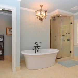 2407 Oakwood Drive Bath