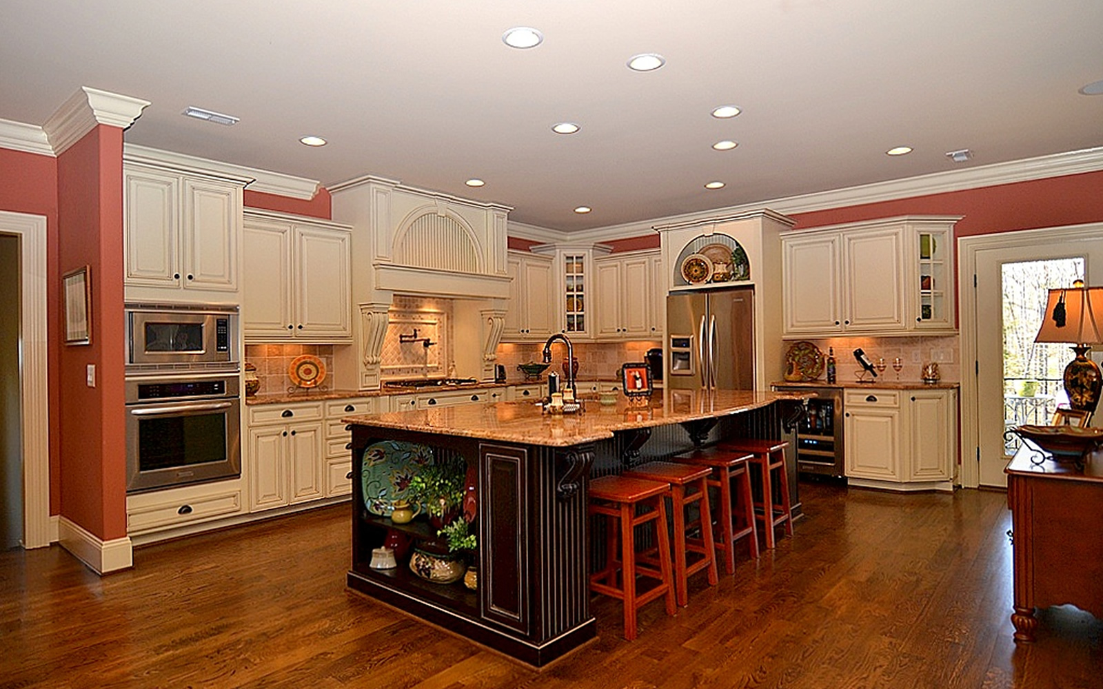 1311 Dunleigh Drive Kitchen
