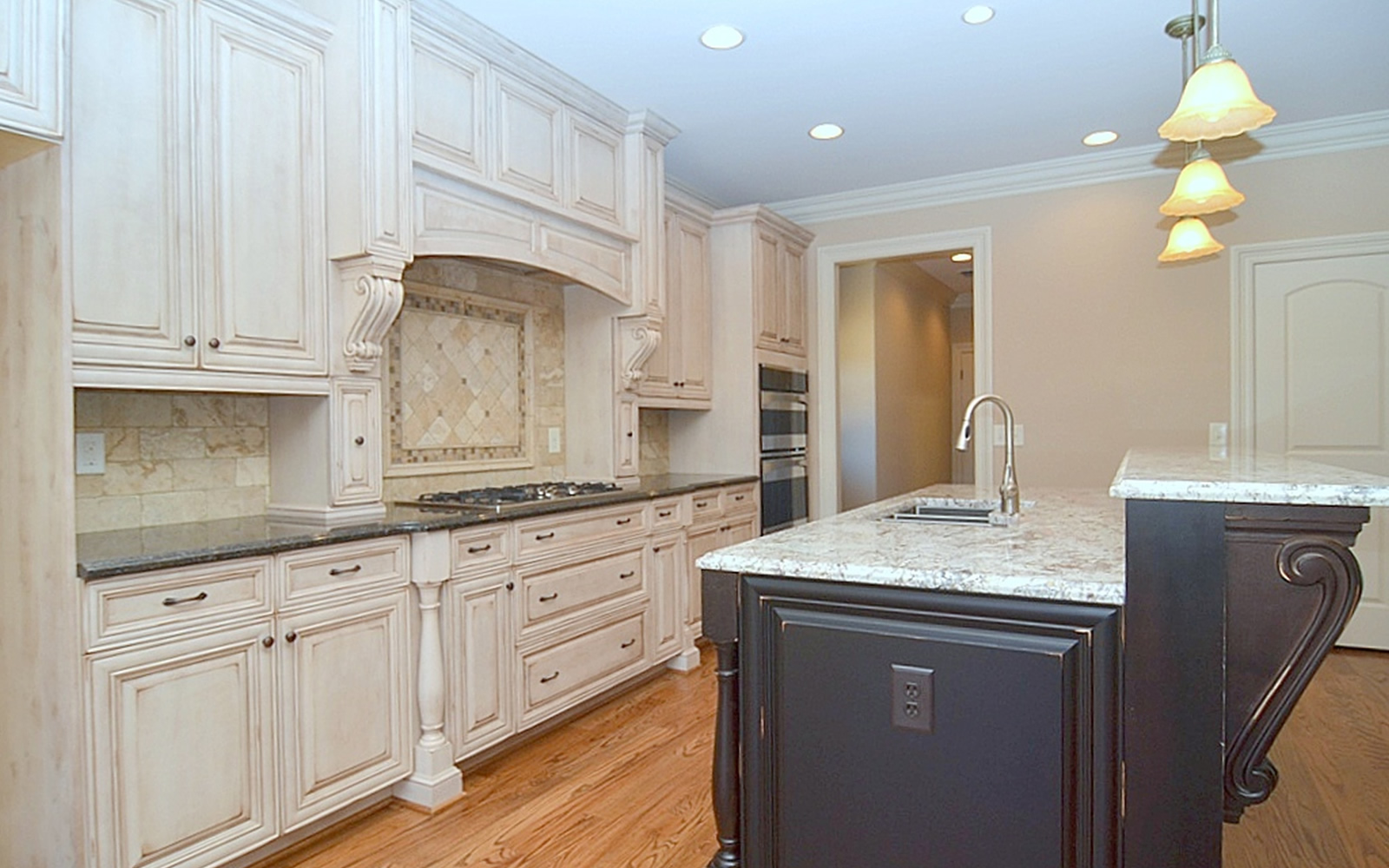 1575 Cappoquin Way Kitchen