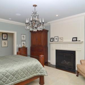 2407 Oakwood Drive Bedroom