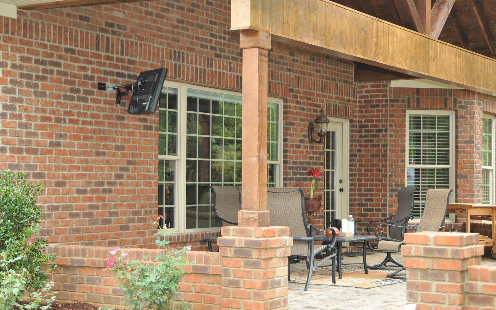 4143 Blackwater Court Outdoor